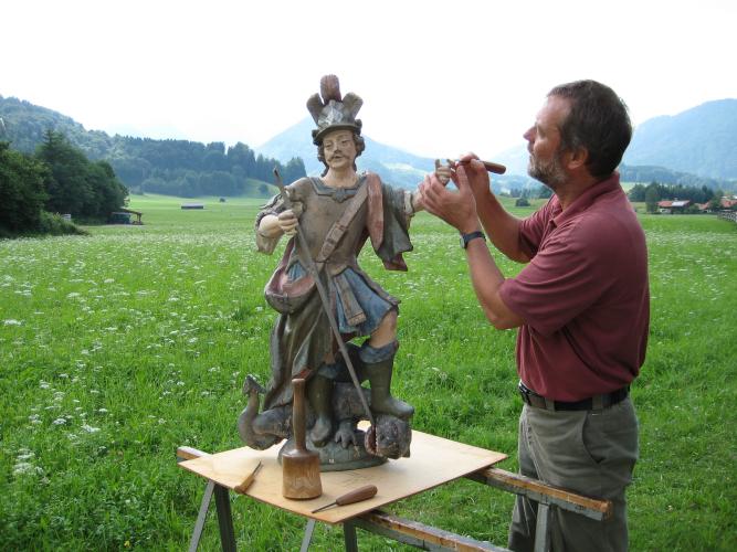 Holzschnitzer- Restaurierung-Hl. Georg