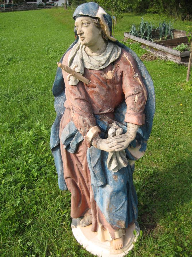 Holzschnitzer- Restaurierung-viele Teile ergänzt - Schmerzhafte Maria
